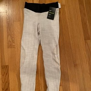 Nike Hyperwarm Leggings